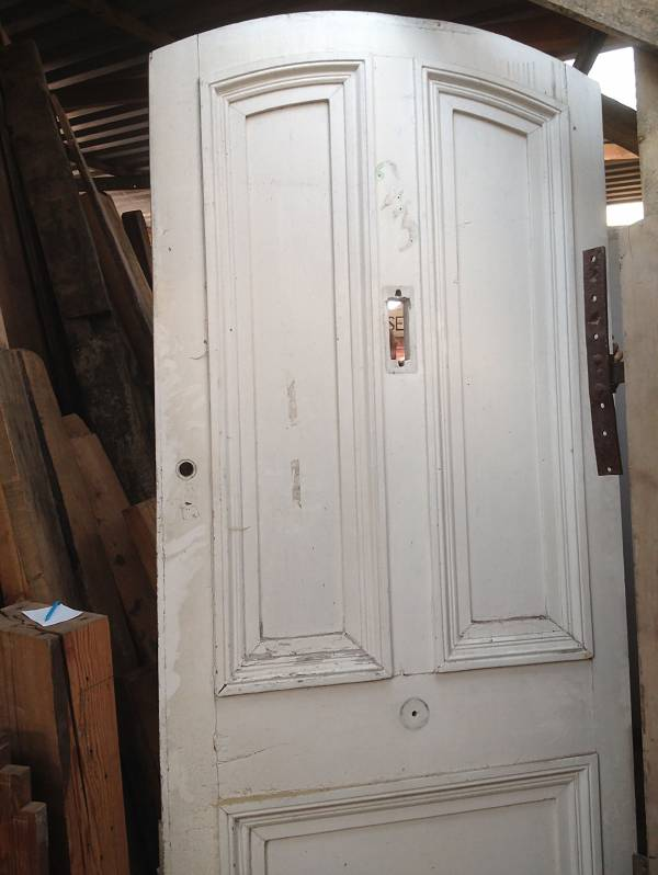 Period panel door, raised and fielded panels. (good condition) Width 802mm Height 2000mm Depth 50mm £264 14546692146418