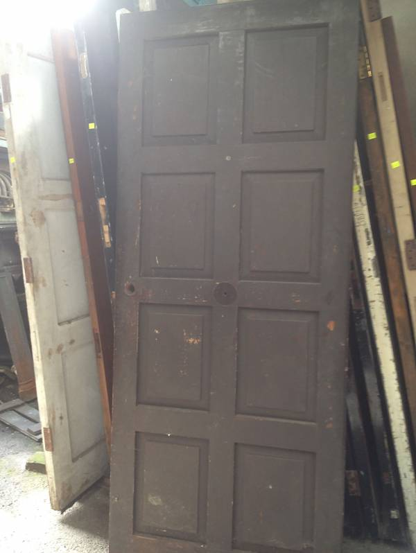 Raised eight panel door 1454669219467